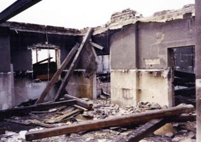2006 – Im Frühjahr 2006 wird die Brandruine abgerissen
