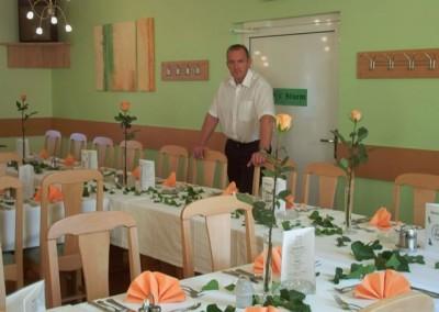 2006 – Schutzhauspächter Robert Schuch im wunderschön gestalteten Gasthaussaal