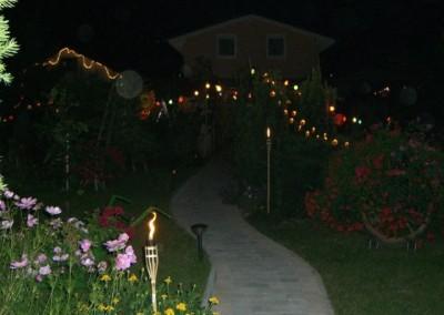 2006 – Geschmückter und beleuchteter Garten beim Lichterfest