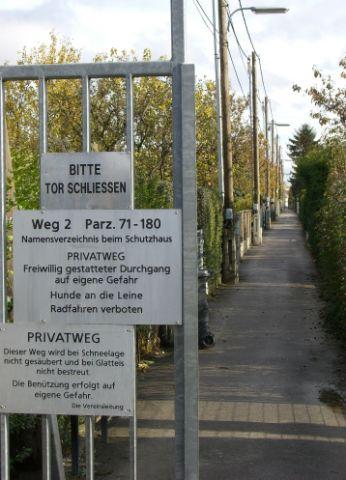 2009 – Blick vom Hauptweg in die Gruppe 2 (Weg 2)