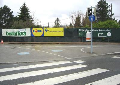 2010 – Werbeplanen am Siemensplatz bringen dem Verein zusätzliche Einnahmen