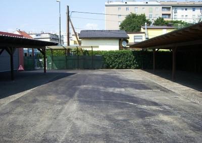 2012 - Parkplatz Weg 5