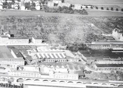 1928 - Luftbild von Groß Jedlersdorf mit dem Kleingartenverein stadtauswärts gesehen.