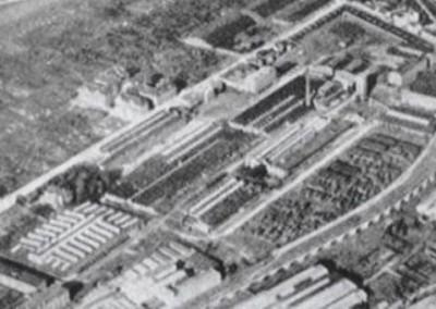 1930 - Blick auf das Firmengelände der Landmaschinenfabrik Hofherr-Schrantz-Clayton-Shuttleworth in der Shuttleworthstraße.